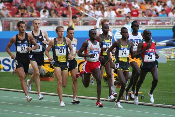 Prova dos 1500 metros no mundial de Osaka/2007.