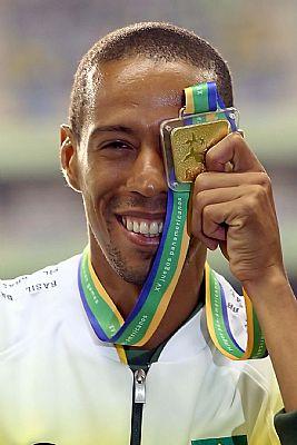 Hudson de Souza vence os 1500 metros no Pan de 2007 (Bruno Miani/Cbat)